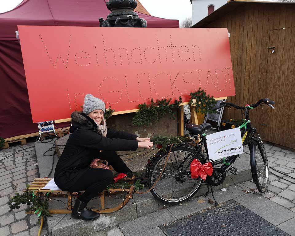 Marina Schütt von MS Well Travel auf dem Glückstädter Weihnachtsmarkt am dritten Advent (c) MS Well Travel